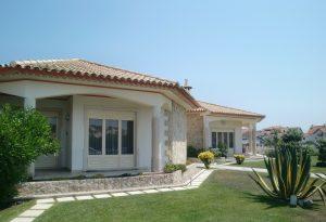 villa-194671_1920-300×205-1.jpg